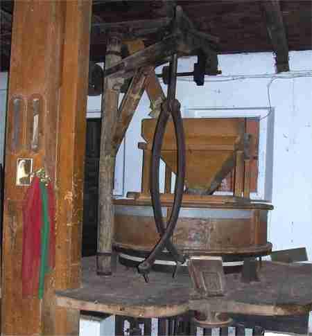 Foto 2 dell'interno del vecchio mulino