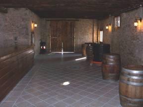 Foto della vecchia cantina adibita a taverna del Vecchio Mulino